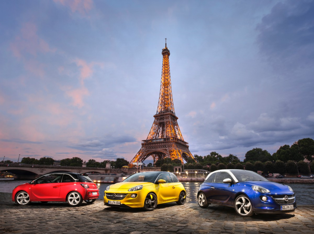 Nowy, oryginalny i stylowy: światowa premiera Opla ADAMa w Paryżu