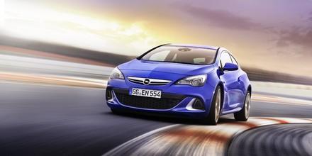 Opel świętuje 15 lat modeli OPC