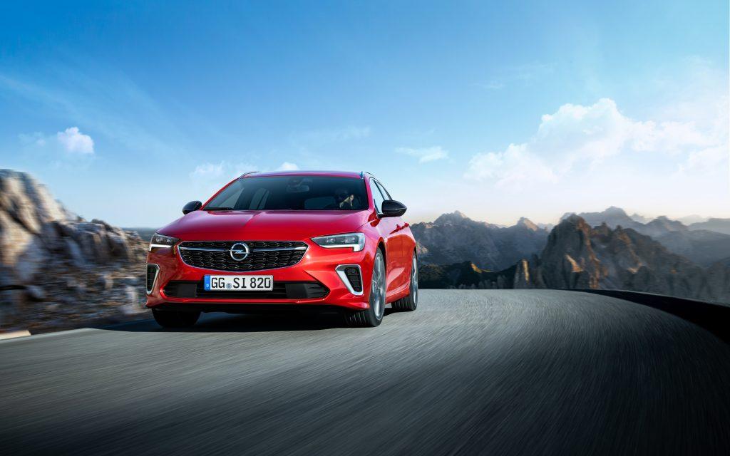 Szybki model flagowy: Opel Insignia GSi debiutuje na Salonie Motoryzacyjnym w Brukseli